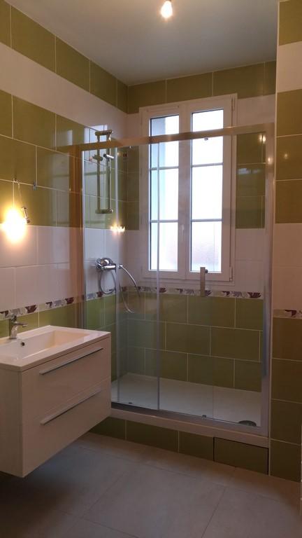 renovation appartement gare de la garenne colombes 92700 de 35 m2. Black Bedroom Furniture Sets. Home Design Ideas