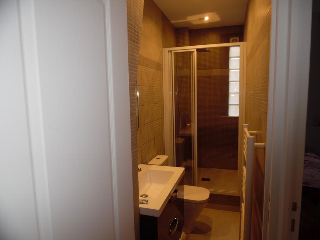 renovation appartement levallois perret de 15m. Black Bedroom Furniture Sets. Home Design Ideas