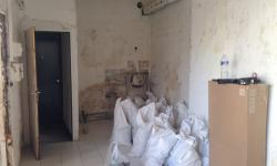 photo-studio-mezzanine-36-m-PARIS-11-entree-appartement-avant-travaux.jpeg